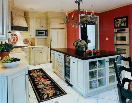 Traditional kitchen with large island and double oven